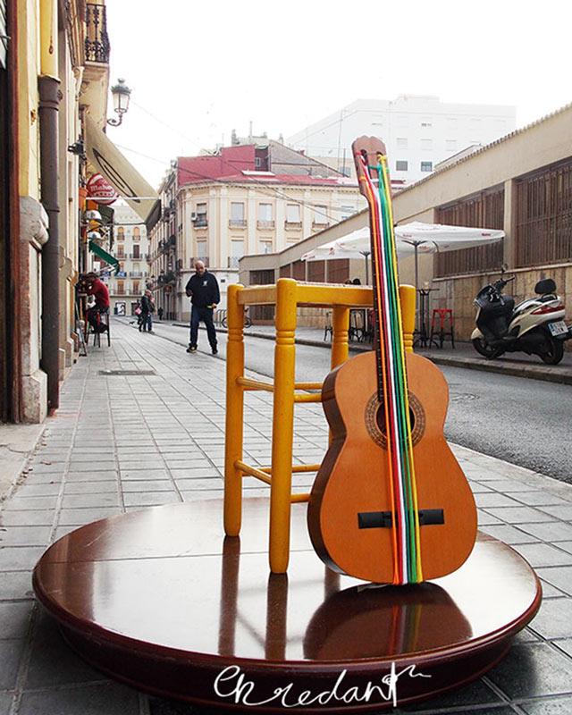 enredant el mercat guitarra