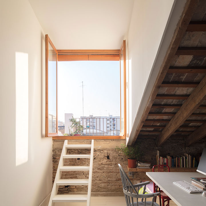 ventana casa conserva